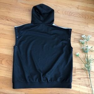a8eb737b9 Gucci Shirts - GUCCI Webbing-Trimmed Tech Jersey Hoodie